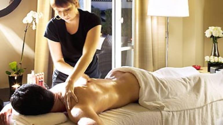 Massage-@-Your-Hotel.jpg
